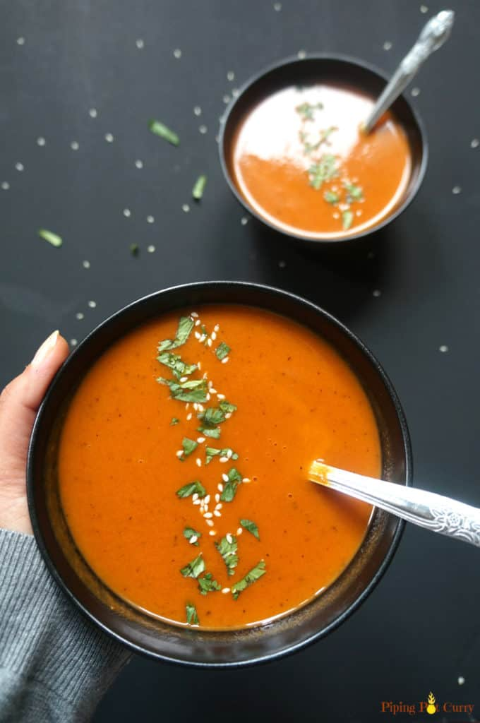 Healthy roasted red pepper & carrot soup made in the instant pot. This vegan and gluten free soup has bold flavors from roasting the red peppers and carrots