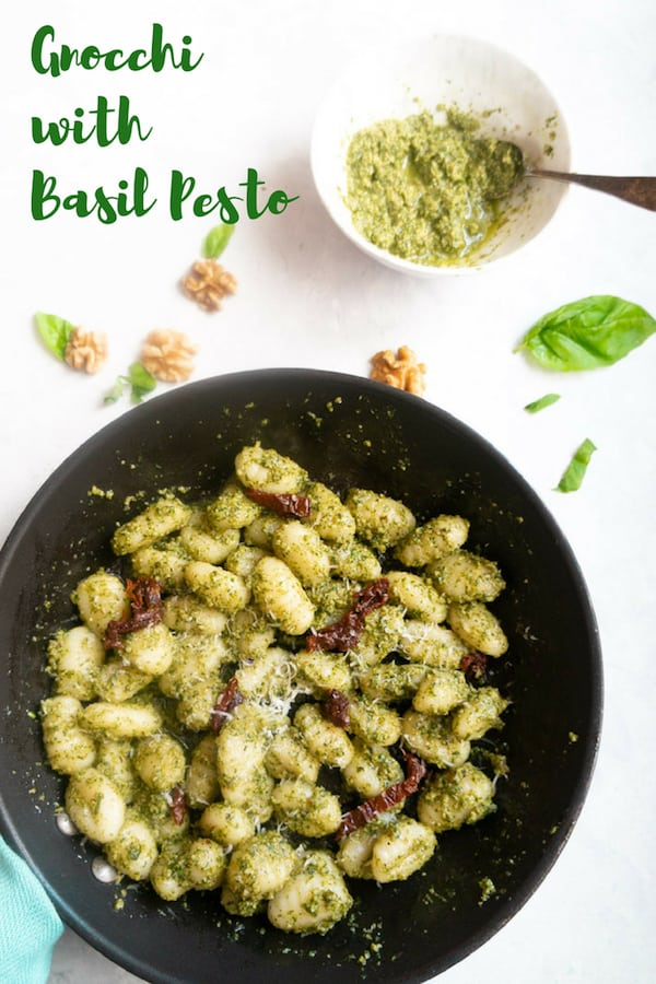 A quick and yummy meal, Gnocchi with Pesto Sauce. This can be prepared in less than 20 minutes for a delicious satisfying dinner for those busy weeknights. | #gnocchi #italian #recipe #pesto #easy #quick #dinner #potato | pipingpotcurry.com