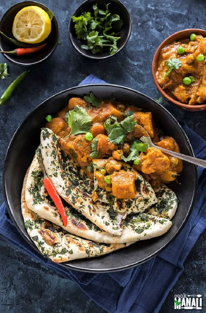 Vegetable Korma made in instant pot served with naan